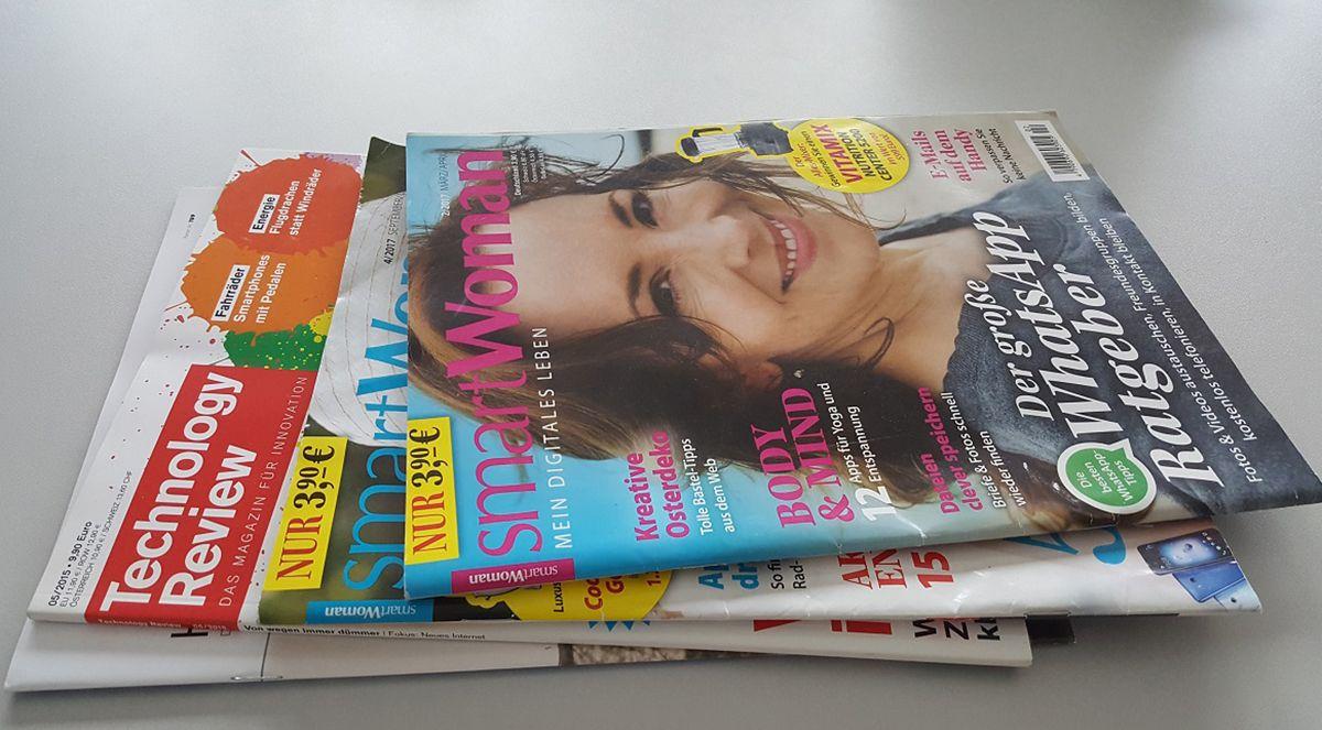 Ein Stapel Frauenzeitschriften. /Bild: Leonhardt