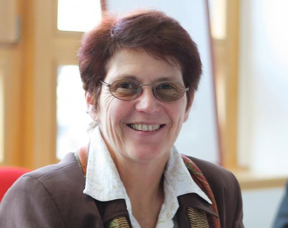 Annegret Schnell